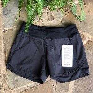 Ivivva Relay racer shorts black